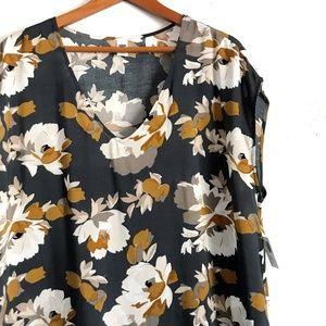 Old Navy Fall Floral Print Blouse